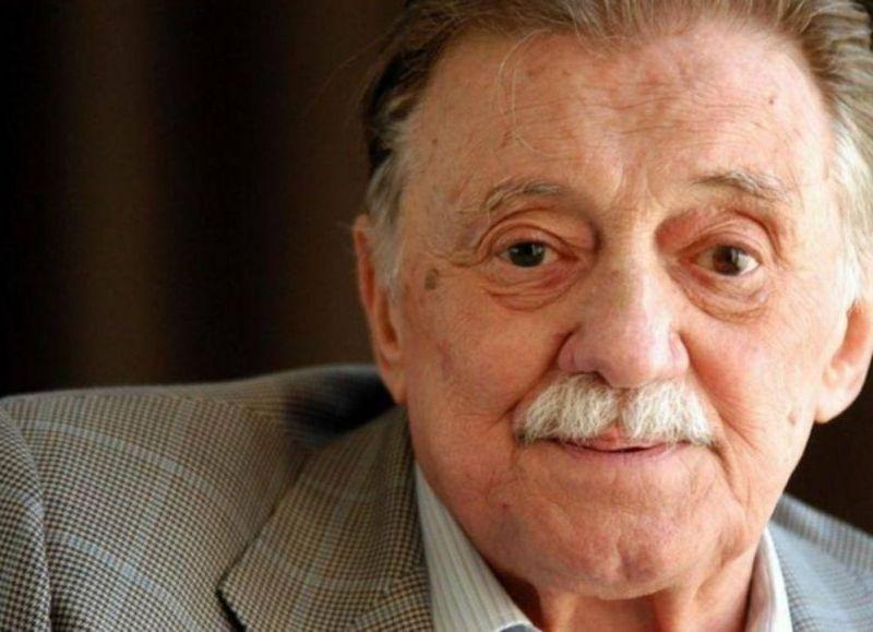 Recordamos al poeta, dramaturgo y periodista uruguayo a través de cinco de sus poemas más conocidos para celebrar el legado literario de uno de los autores más importantes de la región, a 101 años de su nacimiento.