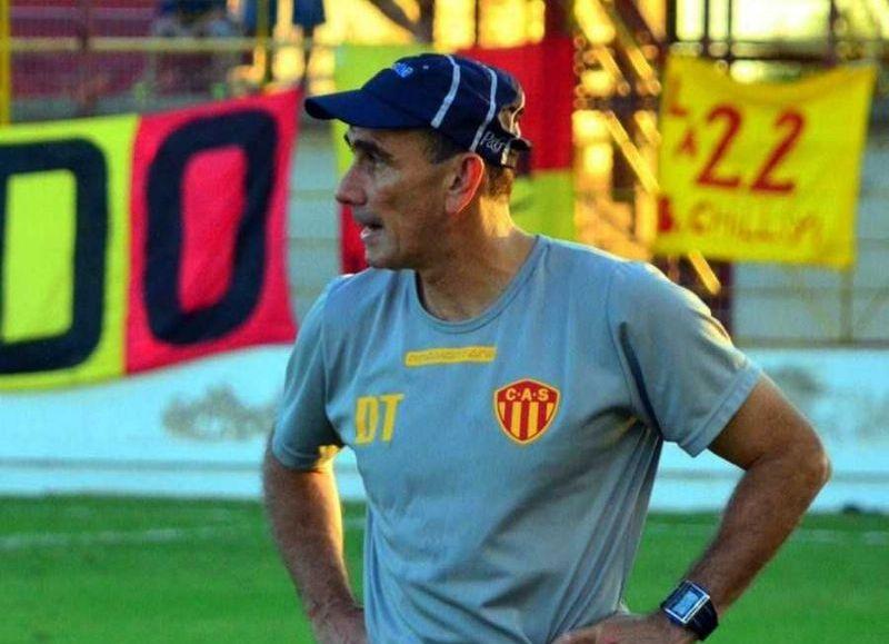 """De cara al debut el próximo domingo, el DT del """"Decano"""" aseguró que el objetivo es """"ser protagonistas"""" y afianzar un proceso que brinde lugar a los jóvenes valores del club."""