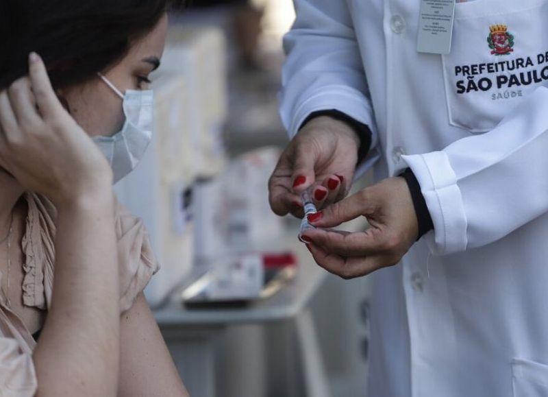 San Pablo pretende terminar el domingo próximo la vacunación del 100 por ciento de su población mayor de 18 años y piensa hacerlo este fin de semana en un clima de fiestas callejeras.
