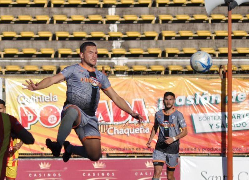 El partido, que completó la última fecha de la primera rueda, se jugó en el estadio Centenario con el arbitraje de Juan Gabriel Hernández. El gol de la victoria fue convertido por Damián García.
