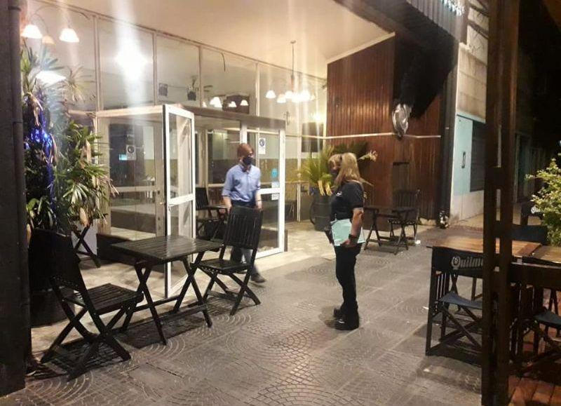 Los bares y restaurantes piden permanecer con locales abiertos más allá de las 2 de la madrugada.