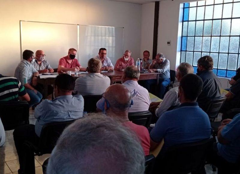 Durante la reunión realizada en Makallé se detallaron pautas para la realización de cada asamblea, requisitos que deberá cumplimentar cada Comisión Directiva previo a la convocatoria de Asamblea,