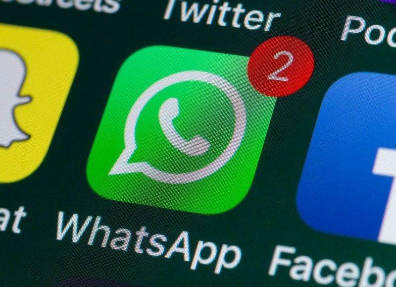 La Secretaría de Comercio Interior publicó una resolución para frenar la actualización de la aplicación de mensajería más utilizada en Argentina.
