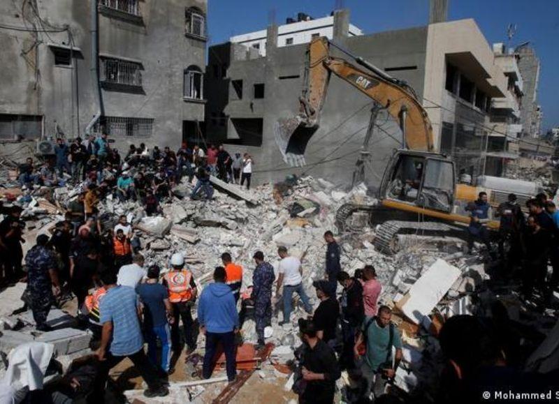 Edificios destruidos por bombardeos israelíes.