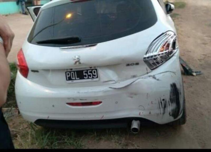 Un tal Sosa sería el que chocó el vehículo hasta destrozarlo.