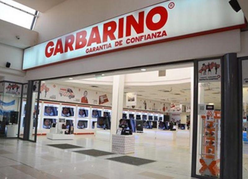 Garbarino en venta: cerró 30 locales, tiene dos mil cheques rechazados y cuatro mil empleados