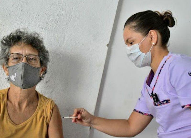 La iniciativa llevará adelante información relacionada a trámites de PAMI, y se vacunará contra la gripe y el covid-19