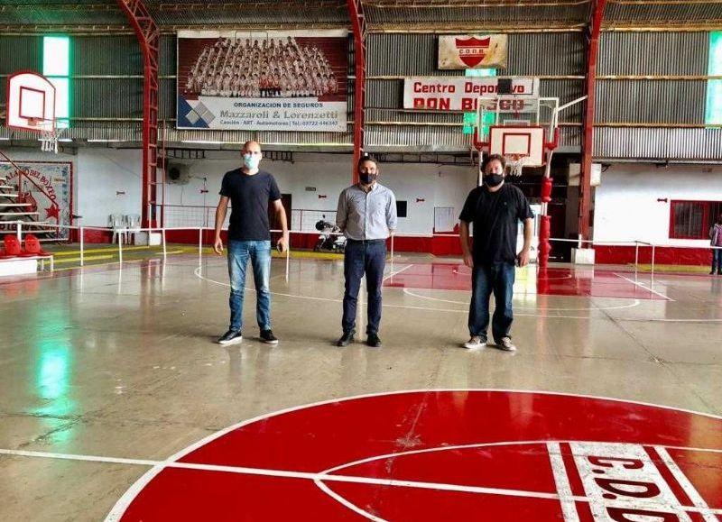 Lemos, junto a Iván Stoyanoff y Hernán Foschiatti recorrieron los distintos sectores de la institución deportiva que preside Noel Vidarte.