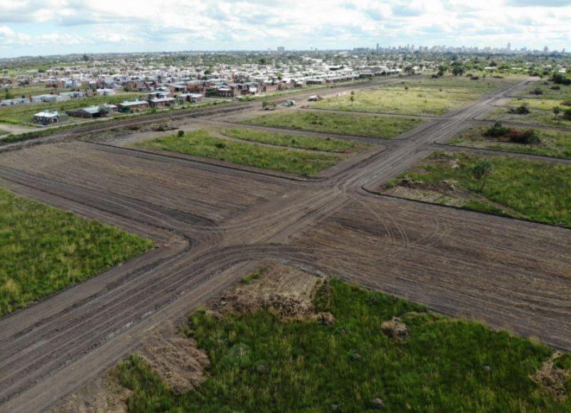 El proyecto, que obtiene financiamiento del Ministerio de Desarrollo Territorial de Nación, comenzó a idearse a raíz de la trasferencia de dominio que se realizó a la Provincia de 4660 hectáreas que correspondían al Ejército Nacional.