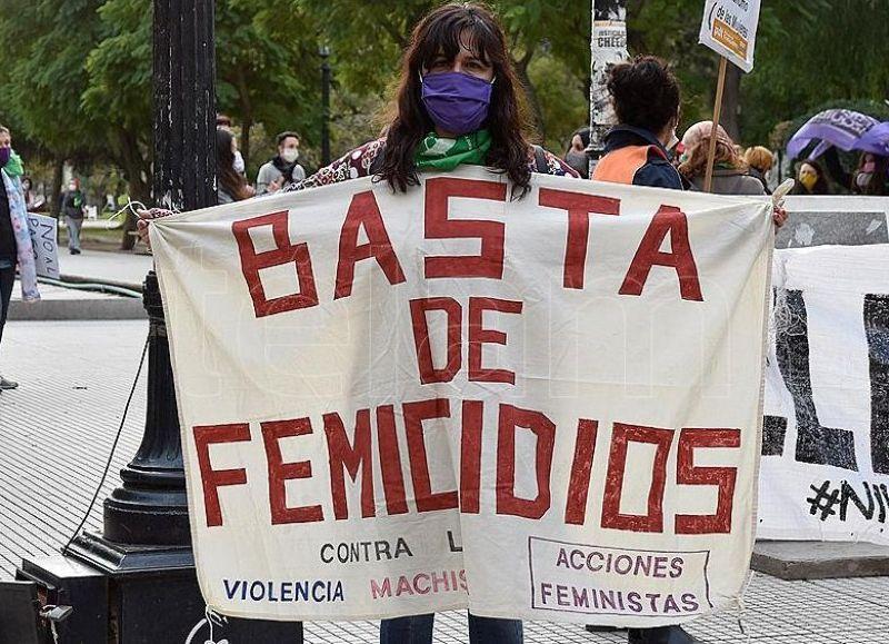 Mumalá insiste en los pedios al Ejecutivo para la declaración de emergencia nacional en violencias de género.