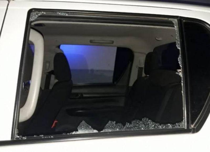 San Martín: otra vez violencia, atacan a ladrillazos a una ambulancia y a un patrullero en el barrio Los Silos