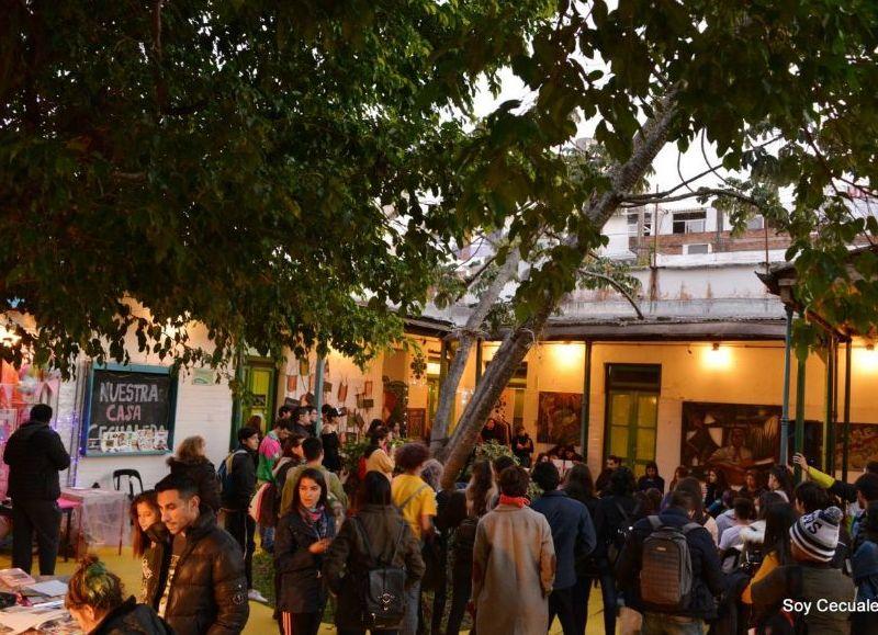 El Centro Cultural Alternativo vivirá una nueva edición de la Fiesta Cuis, con ballroom y feria de emprendimientos feministas y disidentes.