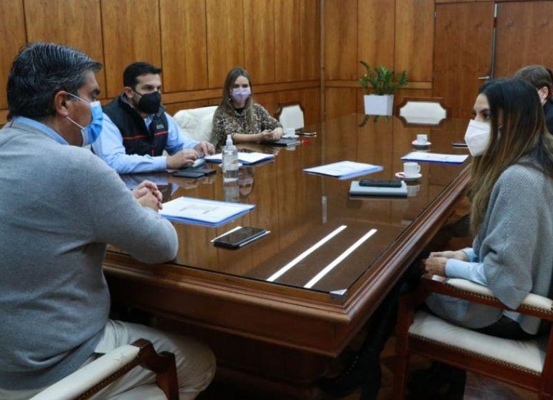 Capitanich e Ybarra recibieron a una comitiva de funcionarios nacionales para coordinar una agenda de trabajo. El Impenetrable, principal exponente de la provincia.