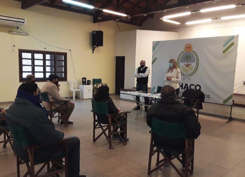 El minifundio de Sáenz Peña comenzó a recibir asistencia: llegó el gasoil, la otra semana las semillas