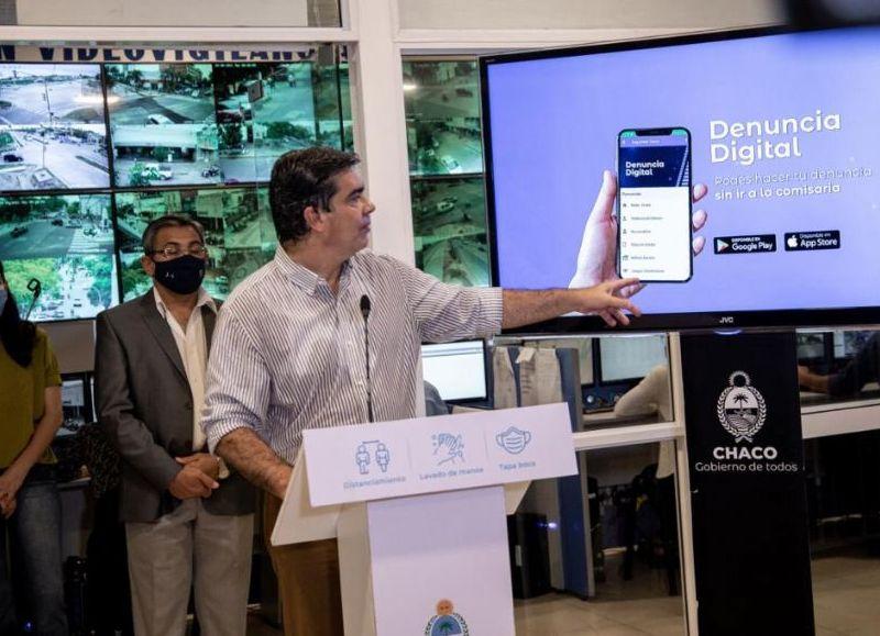 Se trata de una aplicación para los dispositivos móviles en la que las y los ciudadanos podrán informar sobre robos, hurtos, narcotráfico, violencia de género, picadas, apuestas ilegales, delitos rurales y animales sueltos. La aplicación