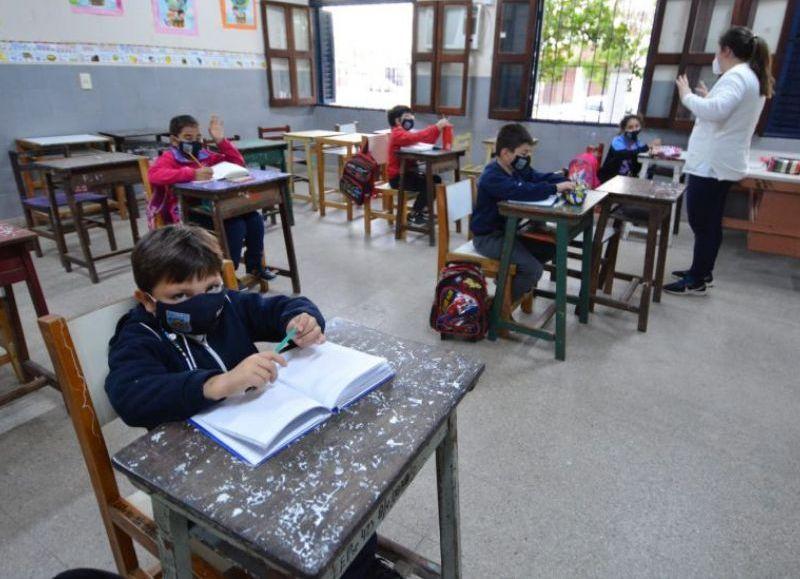 A partir de este lunes 6 de septiembre la mayoría de las instituciones de todos los niveles y las modalidades educativas de la provincia volvieron al dictado de clases en las aulas presenciales.