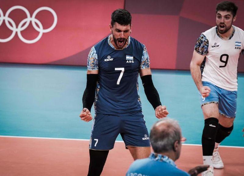 La selección se quedó con los 3 sets por 25-21, 25-23 y 25-23 , respectivamente. Conte fue el máximo anotador del partido con 16 puntos. Italia o Japón el próximo rival.