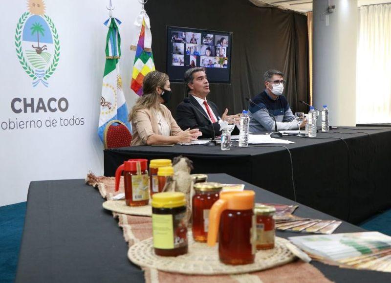 """""""No nos vamos a detener en el camino de lograr mejores resultados, multiplicando esfuerzos, con más infraestructura y capacidad productiva"""", dijo Capitanich."""