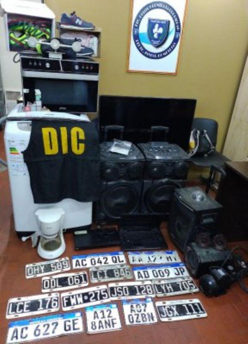 Electrodomésticos y otros elementos de interés a la causa también fueron secuestrados.