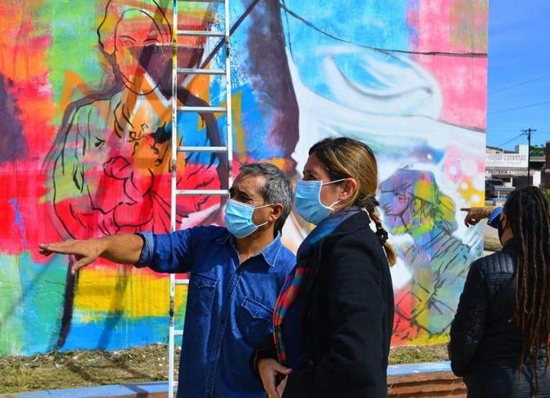 Los artistas involucrados en la tarea, Leo Molina, Chaca Benítez y Sonia Slapak.