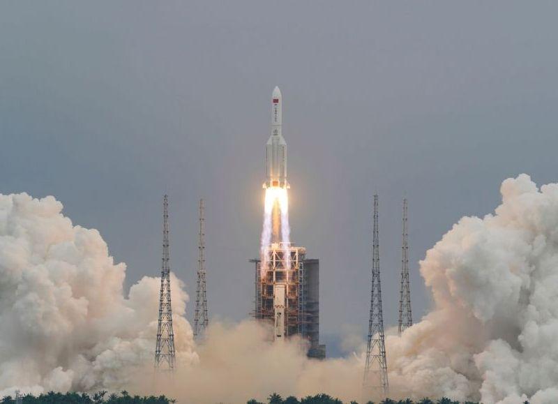 Los restos del cohete chino se desintegran y caen en el océano Índico